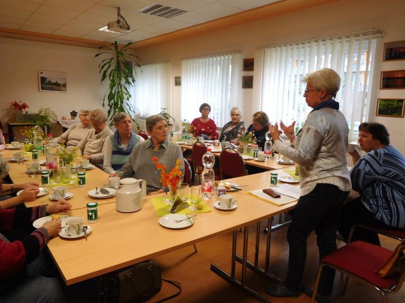 Frau Biebler vom Seniorenbeirat der Stadt zu Gast